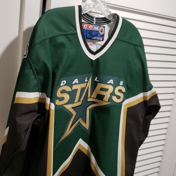 new styles ae01e 1cd89 Dallas Stars Throwback Hockey Jersey
